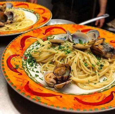 spaghetti vongole oro di napoli ostia ristorante pizzeria
